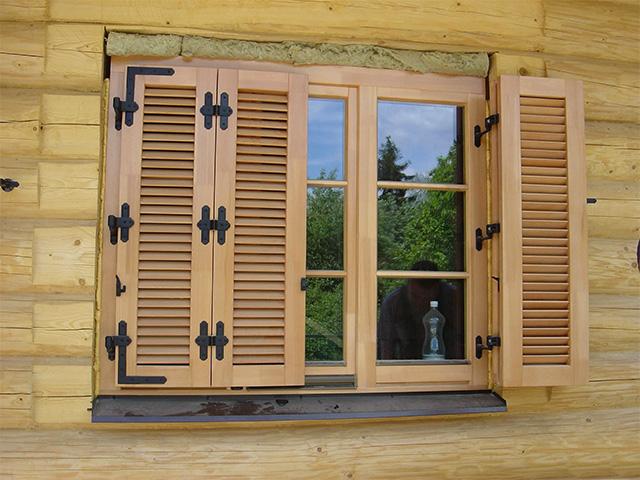 Сделать ставни на окна дачи своими руками