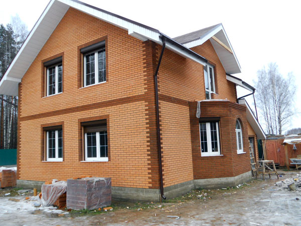 Дом из кирпича1